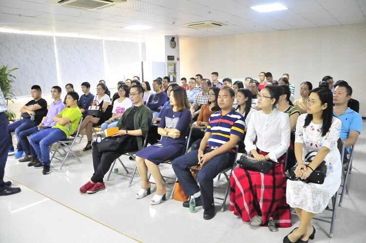 SMT行业精英到靖邦参观学习企业文化8