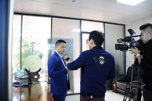 凤凰卫视对靖邦创业英雄的采访