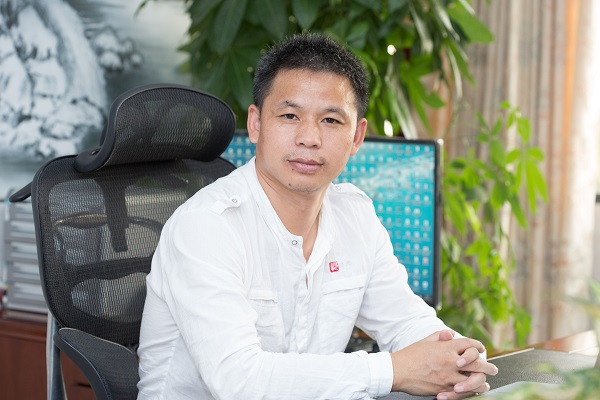 靖邦科技SMT加工厂家董事长罗心华-罗总的人生故事