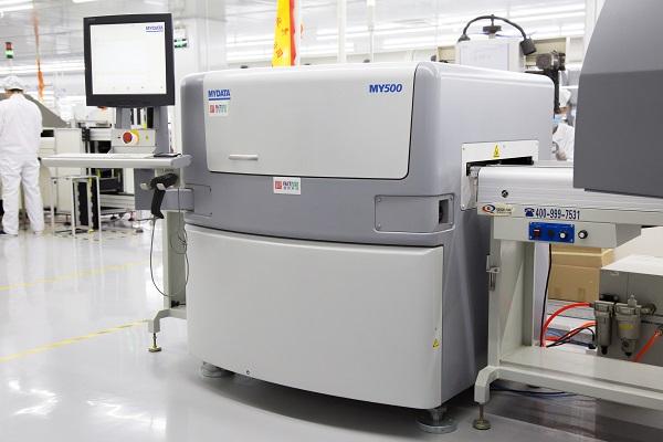 锡膏喷印机与传统的锡膏印刷机的区别