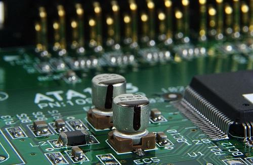 PCBA焊接中液态焊料润湿的作用