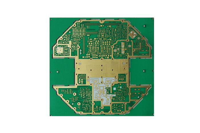 混合介质层压板 | PCB电路板